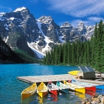 moraine-lake-banff-national-park-canada